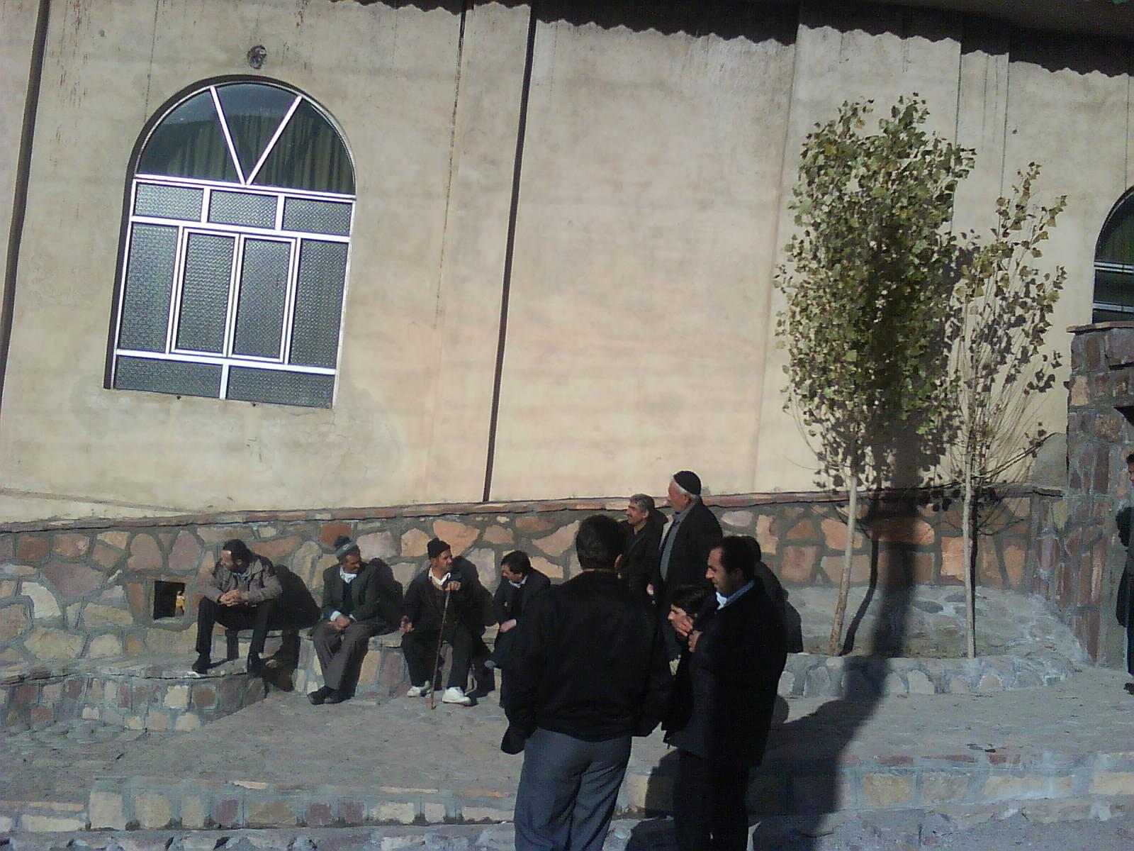 نمای بیرون مسجد مجلس ختم مرحوم نیت الله نجاری